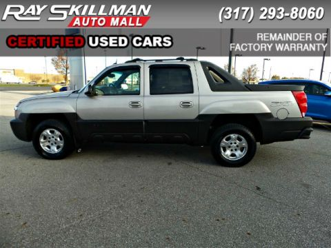 Pre-Owned 2004 Chevrolet Avalanche 1500 Z71 4WD