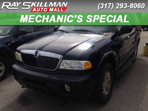 Pre-Owned 2002 LINCOLN Navigator BASE 4WD